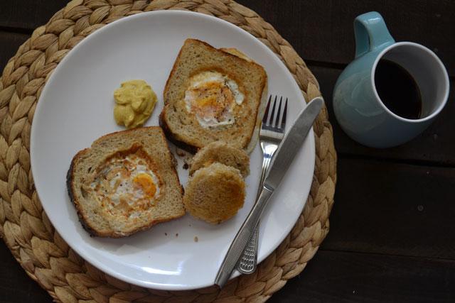 Рецепта за яйца в кошничка