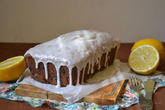 Лимонов кейк с боровинки