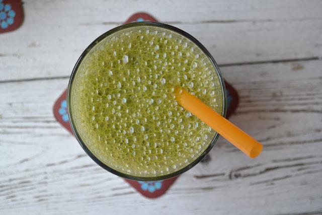 Рецепта за зелено смути с магданоз