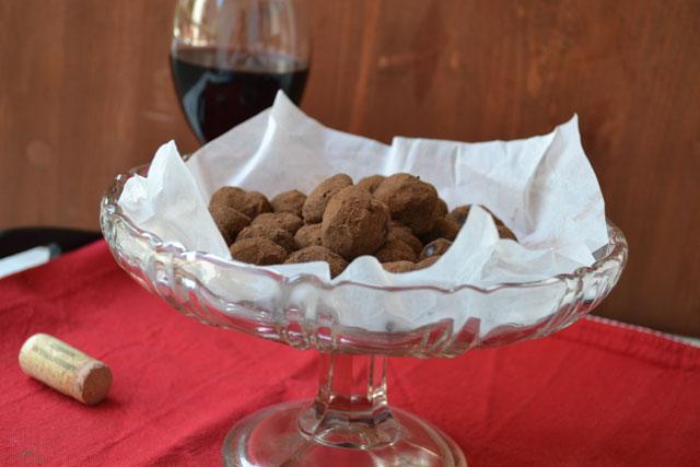 Рецепта за шоколадови трюфели с червен вино